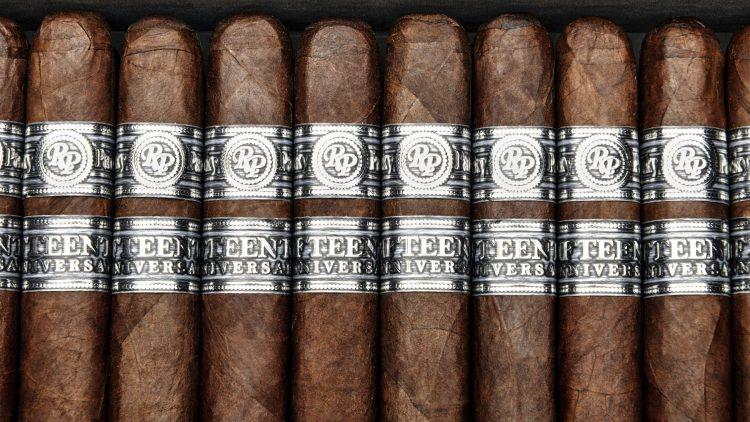Cigar Rocky Patel Fifteenth Anniversary 11