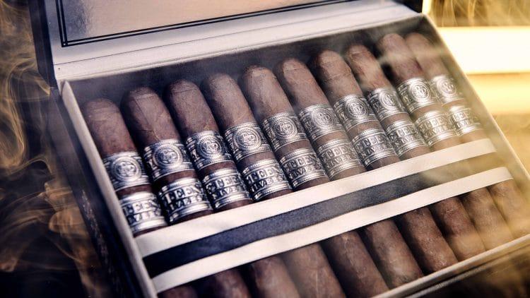 Cigar Rocky Patel Fifteenth Anniversary 22