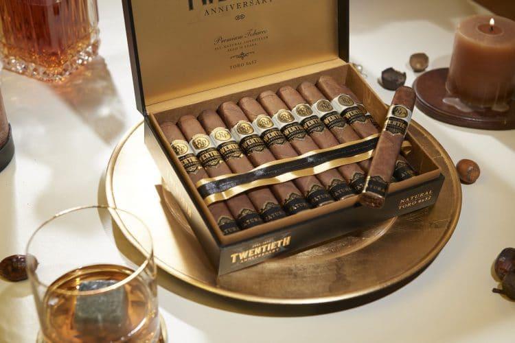 Cigar Rocky Patel Twentieth Anniversary Natural 8